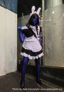 halloween in japan blue maid in roppongi 209x300 Halloween in Japan: A Blue Maid in Roppongi  Tokyo