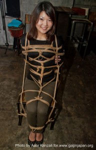 kinbaku night - arisue go - tokyo - bondage on a chair