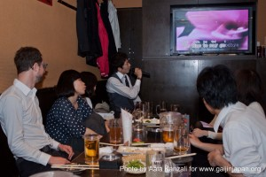 izakaya karaoke party in shinjuku april 13 2012 fun 300x200 Izakaya & Karaoke party in Shinjuku
