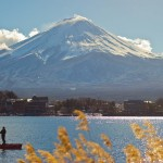 Mont Fuji - Kawaguchiko - pêcheur et roseaux
