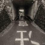 tokyo fukushima à pied -  route noir et blanc