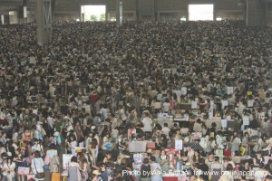Comiket 80 - Tokyo Big Sight crowd, foule