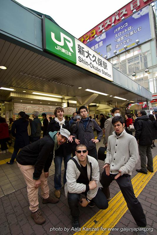 yamanote line walk mars 2013 - shin okubo