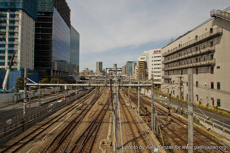 yamanote line walk mars 2013 - train
