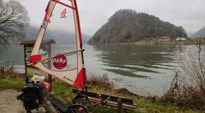 Asiatrek, du Mont Saint Michel au Mont Fuji en vélo à voile