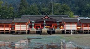 Itsukushima-jinja à Miyajima, et son célèbre Torii